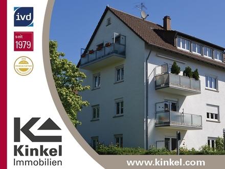 Sehr schöne, gepflegte 3,5-Zimmer-Wohnung im Hochparterre mit Südbalkon, Garten und Garage
