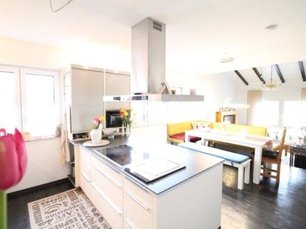 Modernisiertes Einfamilienhaus im Bungalowstil mit großem Grundstück für Ihre Familie!