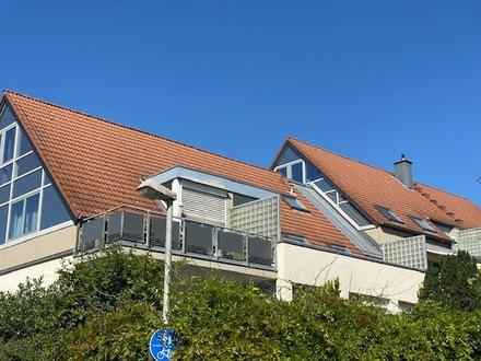 Hofheim-Marxheim: Sonnige 2,5-Zimmer-Maisonettewohnung in toller Blicklage!