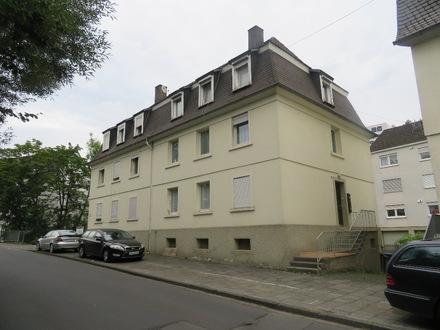Schöne Erdgeschoss-Wohnung