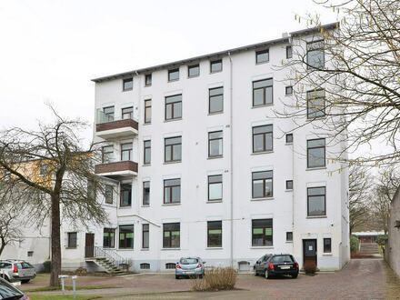 TT Immobilien bietet Ihnen: Kleine Single-/Studentenwohnung in zentraler Lage!