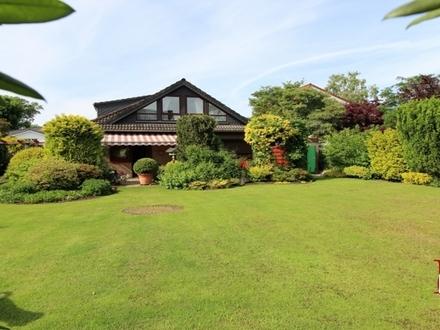 Ein Traum von Garten - Zweifamilienhaus in bester Lage von Stuhr-Varrel!