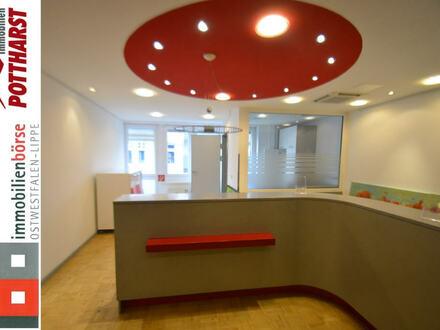 Großzügige Büro-/Praxisfläche über 2 Etagen
