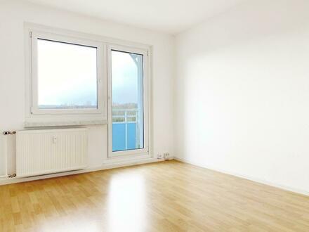 Klein aber fein! 2-Raum Wohnung mit Balkon!..