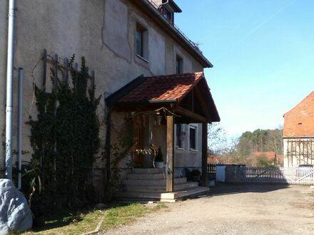 Bezahlbare 8 3 qm TERRASSEN- Wohnung mit GARTEN Nutzung und GARAGE
