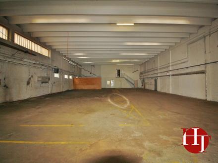 Hallen- und Bürogebäude in zentraler Lage Kirchhuchtings!