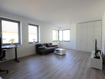 KFW-55-Moderne Etagenwohnung mit Parkettboden,Einbauküche und TG-Stellplatz