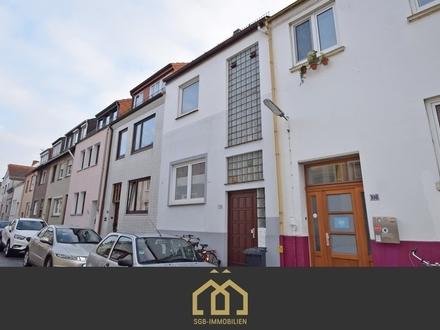 Anlage: Neustadt / Attraktive 3-Zimmer-Maisonettewohnung mit Balkon in ruhiger Lage