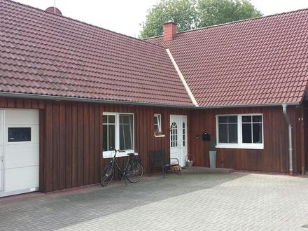 Wohn-/Bürogebäude mit Wekstatt/Lager