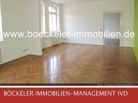 Gehobener Wohnflair - Echtholzparkett und Gäste-WC!
