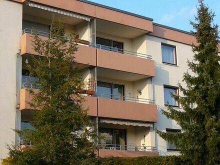 7 4 0,- für 3 Zimmer 7 4 m² + herrlichen SONNEN- BALKON inkl. EINBAUKÜCHE + hochwertige Ausstattung