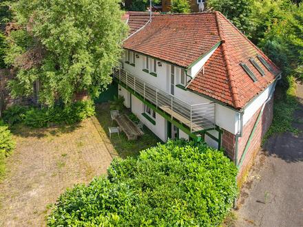 Freistehendes Haus mit großem Hof und vielfältigen Nutzungsmöglichkeiten