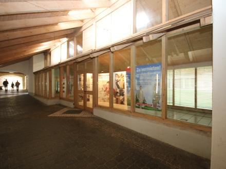 Ladenfläche in der Ludwigspassage!