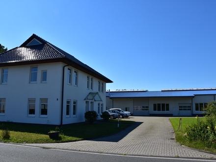 Bad Zwischenahn/ Oldenburg: Vielseitige Gewerbeeinheit mit Bürogebäude und großer Halle, Obj. 5235