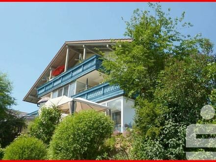 Modern gestaltete Dachgeschosswohnung mit herrlicher Fernsicht bei Zwiesel