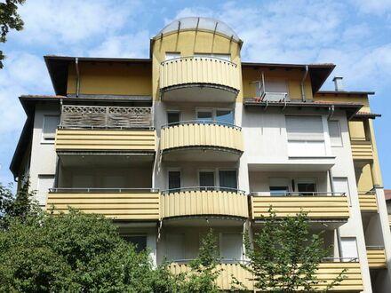 2 7 qm NEU renoviertes Apartment mit EINBAUKÜCHE + Sonnen- BALKON + Aufzug - LIFT + TIEFGARAGE