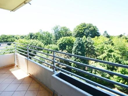 Sehr gepflegte 2-Zimmer-Mietwohnung mit Fahrstuhl und Blick ins Grüne