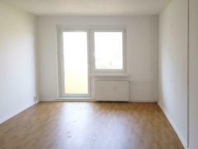 Helle 3-Raum-Wohnung mit Balkon & Blick ins Grüne! Jetzt mit Küchengutschein*!