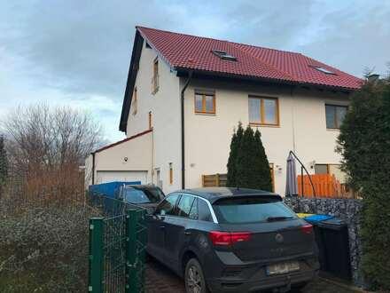 Doppelhaushälfte freut sich auf neue Eigentümer