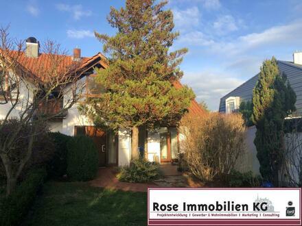 Reizvolle Doppelhaushälfte in schöner Wohnlage von Minden-Dützen!