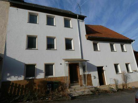 Bieterverfahren! Immobilienpaket in Bischberg - Zwei sanierungsbedürftige Wohnhäuser + Garagenanlage