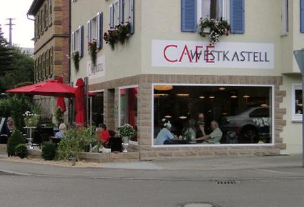 helles, kleines aber feines familiengeführtes Café mit eigener Konditorei im Stadtzentrum zu verpachten