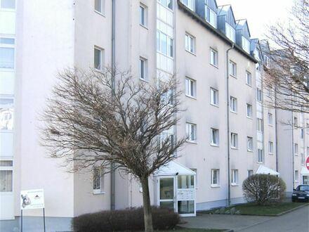 +++ Helle 2 Raumwohnung, Balkon und Stellplatz in landschaftlich schöner Lage +++