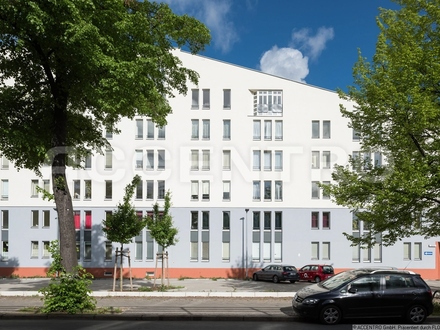 Helle und individuell geschnittene Eigentumswohnung mit Terrasse