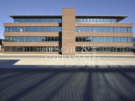 Martin-Luther-King-Weg || 285 m² || Office Space || Ausbau nach Mieterwunsch