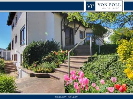 * Beste Aussichtslage: schönes Einfamilienhaus mit Einliegerwohnung *