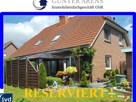 Doppelhaus mit 2 WE an begehrter Wohnlage in Westerstede
