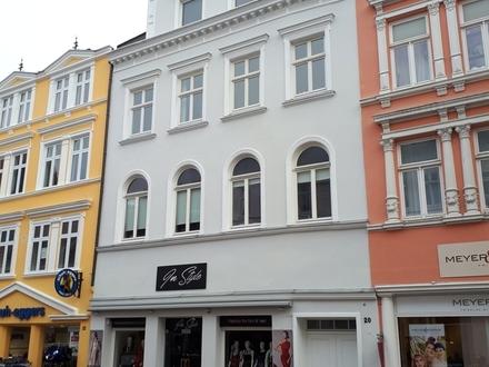 TFI: 2 Zimmer Mansardenwohnung im Zentrum von Flensburg!