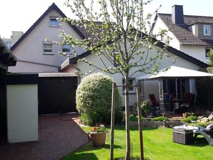 Gepfl. ält. renov. 2Fam.Haus Kamin Pool Gartenhs. 2 Gar. traumh. GS ruh. Lage Gütersloh-Nord