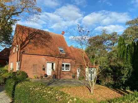 älteres Einfamilienhaus in zentraler Wohnlage von Papenburg-Untenende