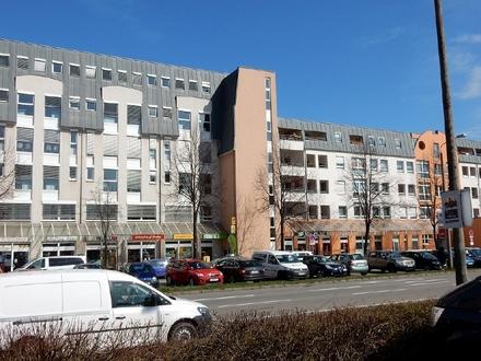Büro mit Archiv im Zwickauer Norden an frequentierter Hauptstraße mieten