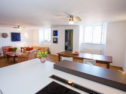 Leben im Schloss Mondsee - großzügige 3-Zimmer-Wohnung mit Zweitwohnsitz und Badeplatzanteil