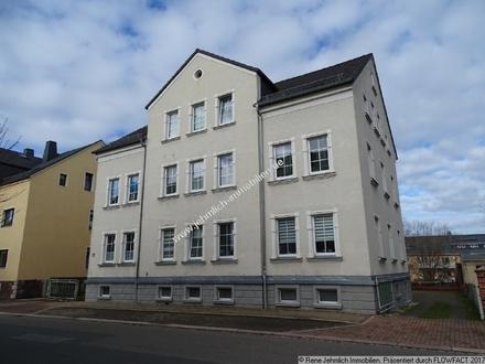 Schöne 3 Raum Wohnung in Oelsnitz