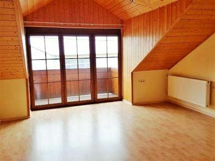 Gut geschnittene Dachgeschosswohnung mit Flair