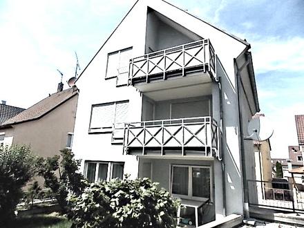 2 1/2 - Zimmer - OG - Wohnung, TOPZUSTAND, in ruhiger Nebenstraße gleich beim Stadtteilzentrum von STUTTGART-WEILIMDORF