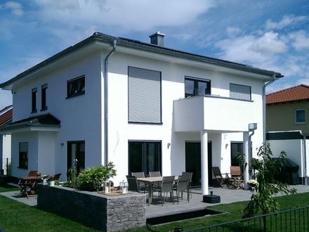 Neubau einer attraktiven & modernen Villa - exklusives Wohnambiente mit klaren Linien