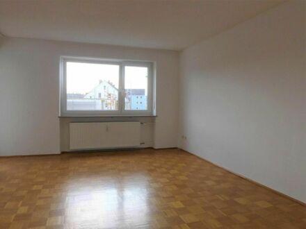 1 7 9. 0 0 0,- für 3 Zimmer 8 6 qm STADTWOHNUNG + BALKON + Aufzug - LIFT inkl. EINBAUKÜCHE ab SOFORT