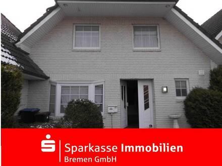 Stilvolles Einfamilienhaus in verkehrsberuhigter Straße, zentral in Grasberg