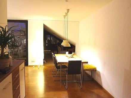 Gepflegte 3-Zimmer-Penthousewohnung in gehobener Ausstattung mit Dachterrasse