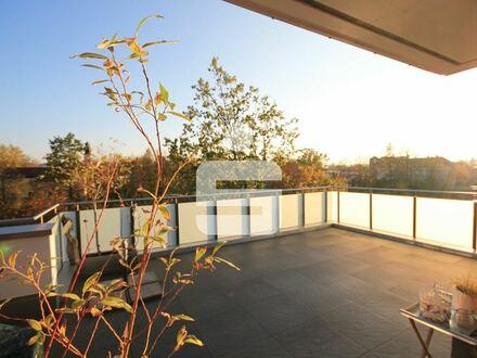 Neuwertige exklusive Penthouse-Wohnung in unverbaubarer Südlage mit Weitblick