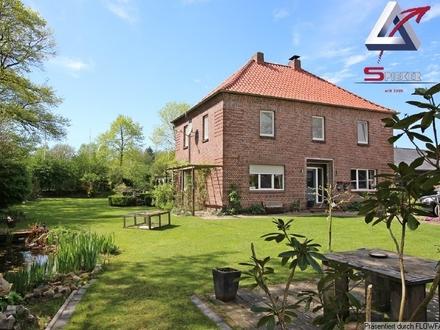 Stilvolles Wohnhaus mit sehenswertem Gartengrundstück