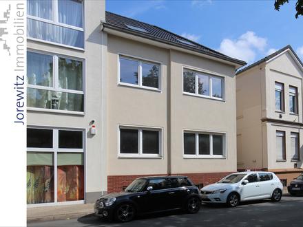 Bielefeld-Altstadt: Frisch sanierte 2 Zimmer Wohnung mit Terrasse und Garten