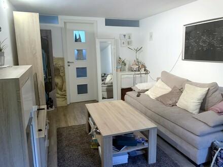top ausgestattete 2 Zimmerwohnung für Einzelperson absofort frei!