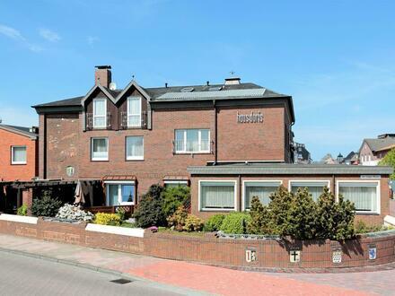 Top Kapitalanlage in guter Lage von Borkum! Mehrparteienhaus mit 4 Ferienwohnungen, 10 Pensionszimmern und einer Betreiberwohnung