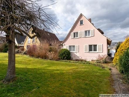 Frei stehendes Einfamilienhaus auf dem beliebten Mittelberg in Biberach!