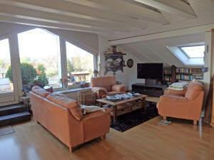 Lichtdurchflutete Penthouse -Wohnung mit Loggia in Eltville